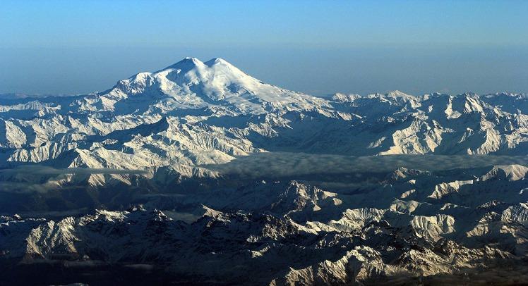 1 ElbrusAdventurePulse